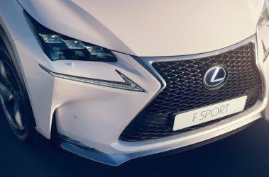 Lexus-NX300h-11