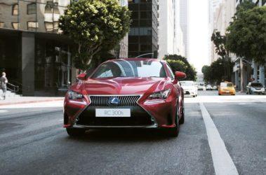 Lexus-RC300h-6