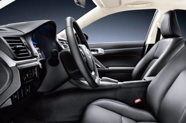Lexus-CT200h-11