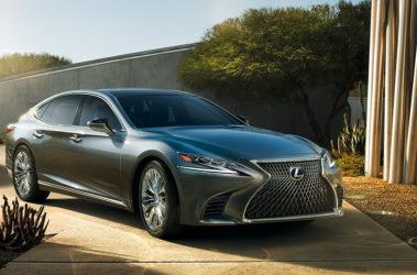 Lexus-LS-manganese-luster-overlay-1204x677-LEX-LSG-MY18-0006-01-d
