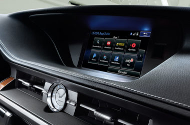 Lexus-ES-hybrid-interior-enform-overlay-1204x677-LEX-ESH-MY18-0004